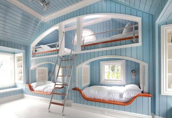 Двухъярусные кровати для четверых детей в морском стиле