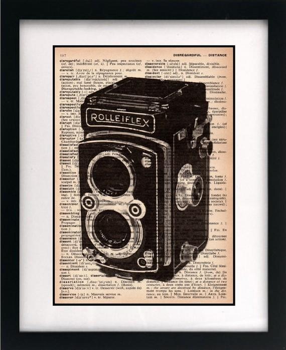 Очаровательное  изображение старинной камеры