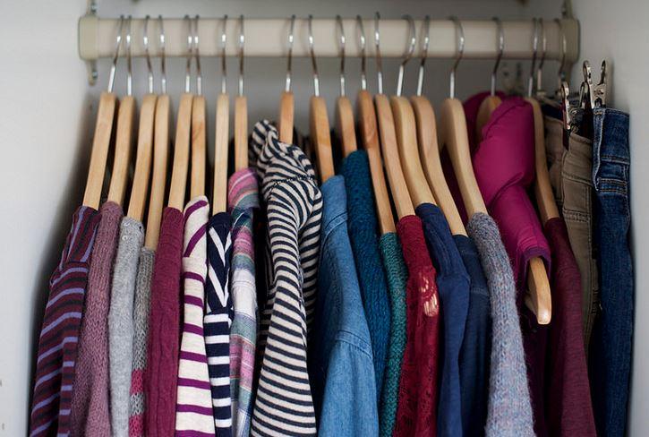 Оригинальная организация домашнего гардероба