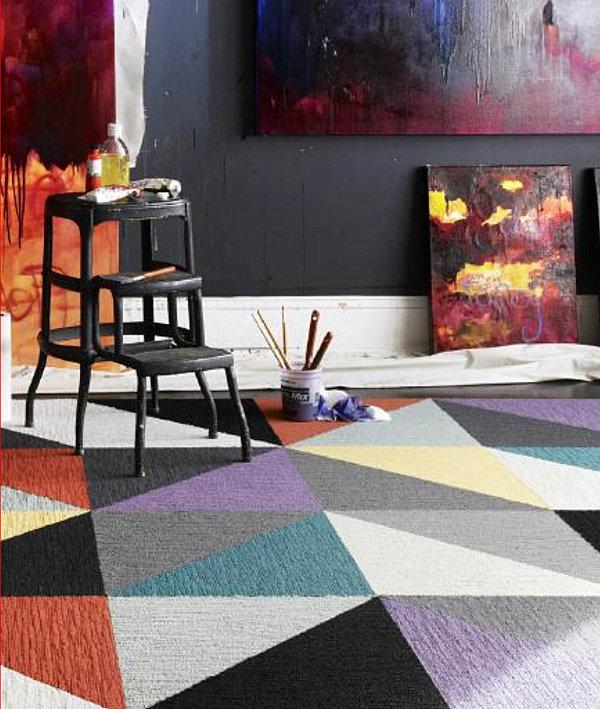 Умопомрачительный дизайн интерьера с помощью ковровой плитки