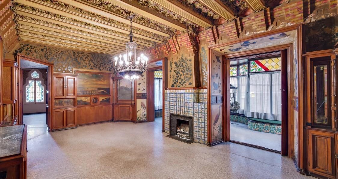 Дом Висенс: возрождение самого раннего архитектурного сооружения Антонио Гауди