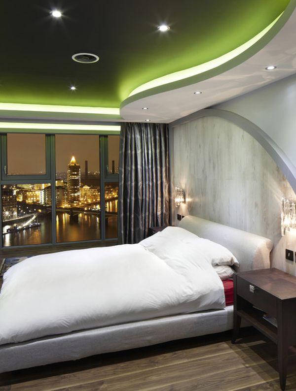 Видовая спальня в футуристическом стиле