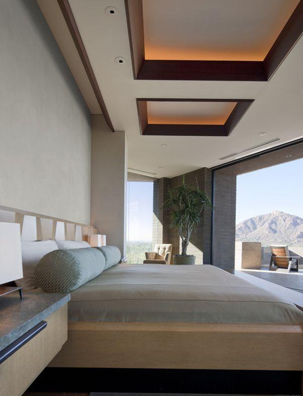 Отделка потолка деревом в спальне
