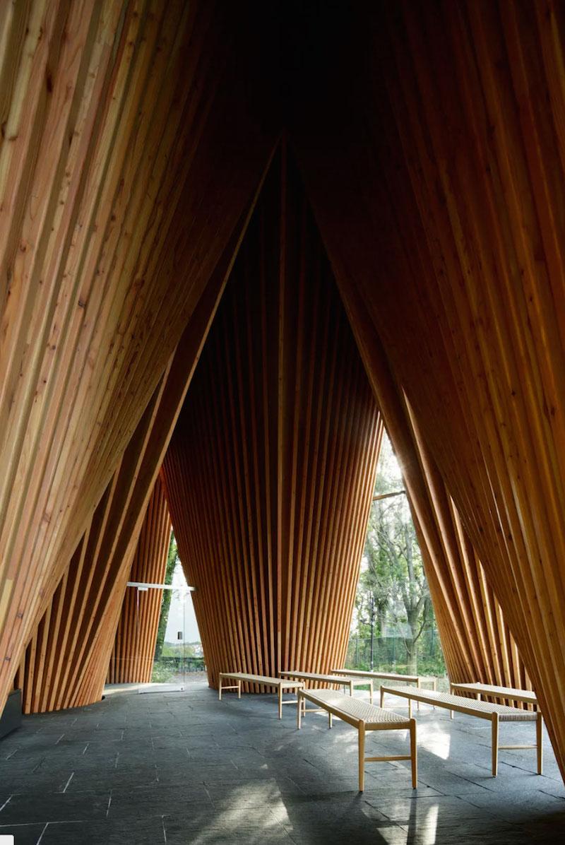 Лесная часовня от Хироши Накамуры: лучшее культовое сооружение 2016 года