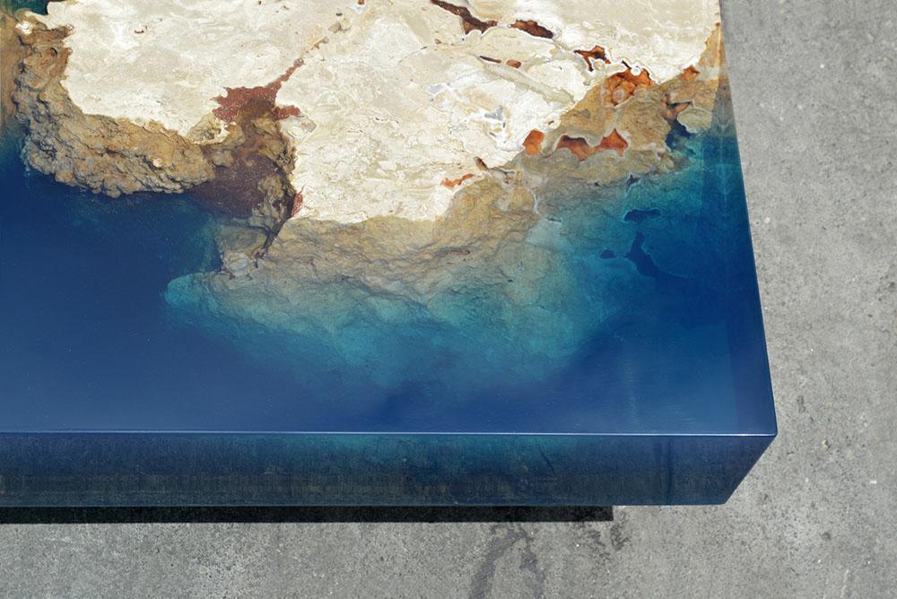 Океанские рифы в интерьере: новые кофейные столики от Александра Шапелина