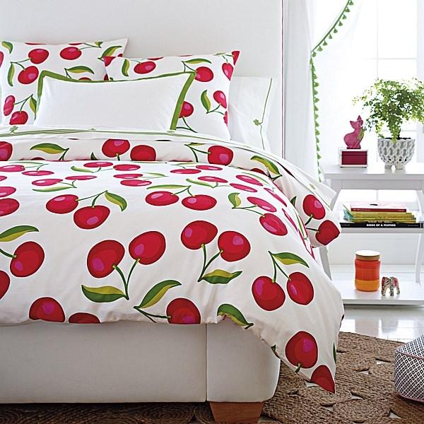 Текстиль для детской комнаты: вишенки