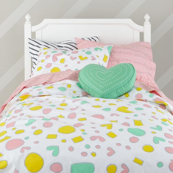 Пастельное белье для детской спальни