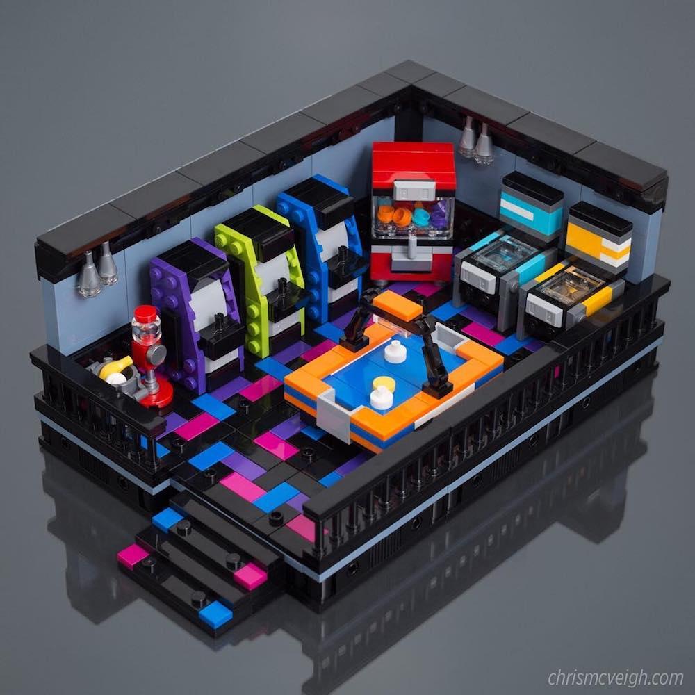 Крис МакВей: минималистские LEGO-модели ретро гаджетов