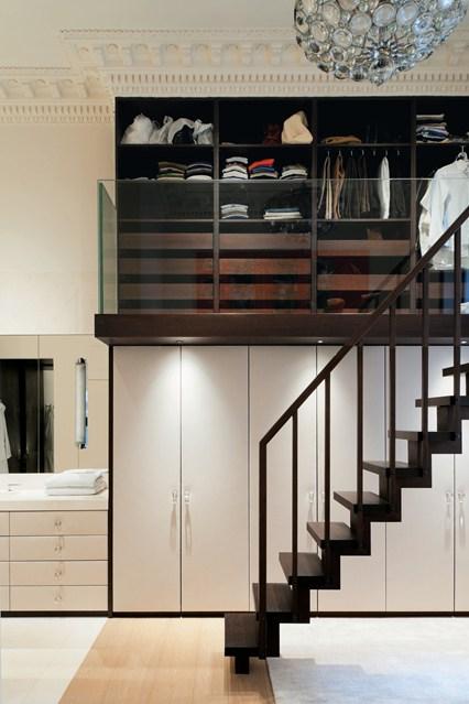 Интересный дизайн гардеробной в интерьере