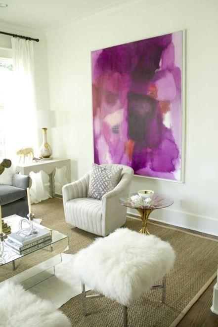 Абстрактная картина фиолетового цвета