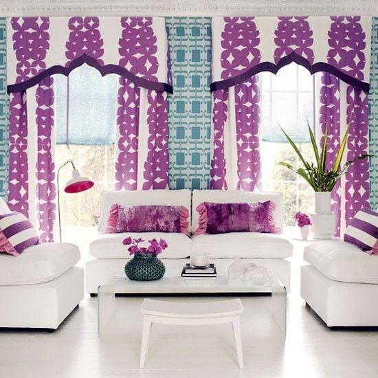 Шторы с узорами фиолетового цвета