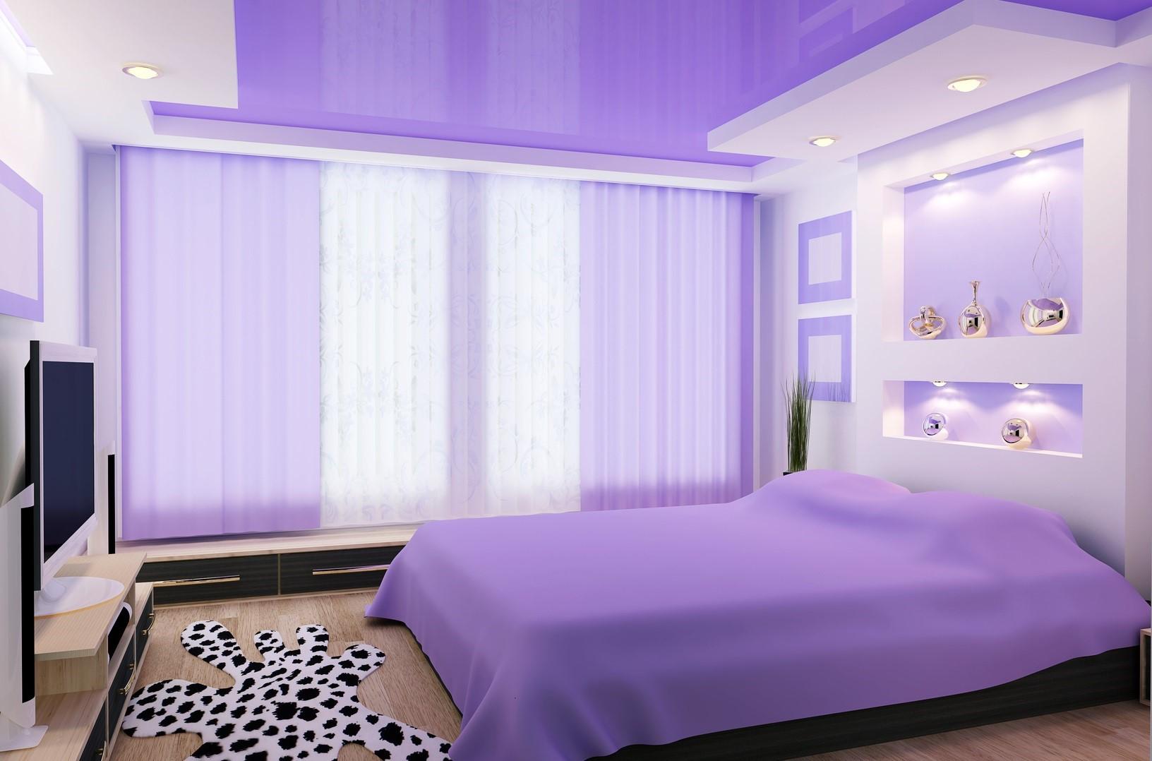 Креативный цвет в оформлении потолка