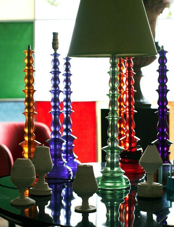 Красочные настольные лампы