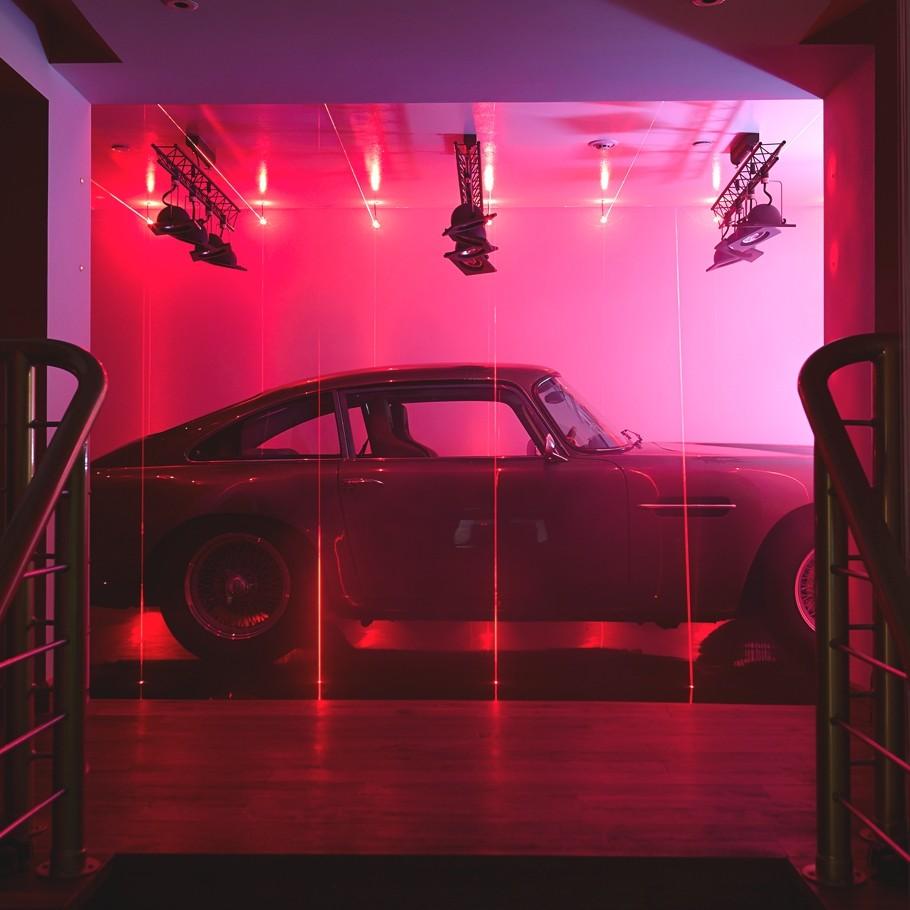 Уникальный световой дизайн интерьера
