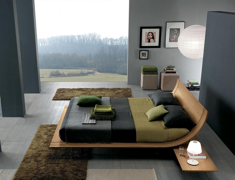 Шикарная кровать в интерьере видовой спальни