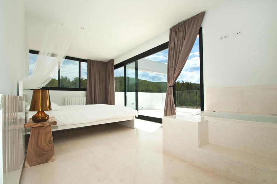 Бесподобные шторы в дизайне интерьера помещения