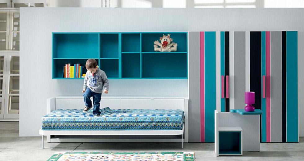 Современная складная кровать в интерьере помещения