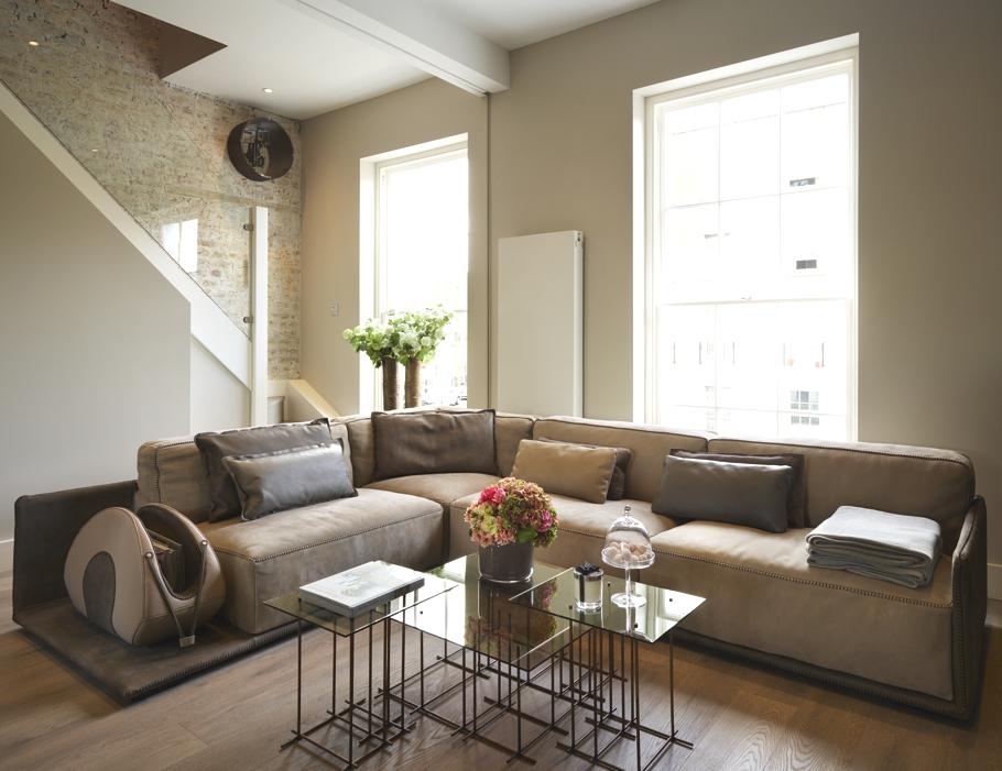 Гостиная комната в Лофт-стиле от G&T London