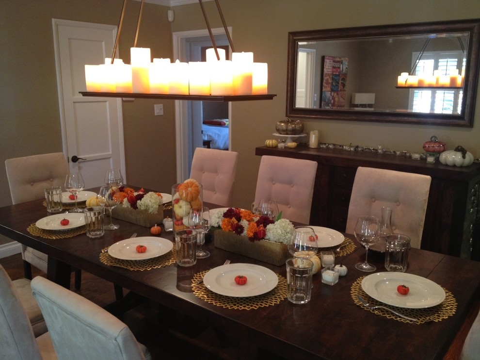Свечи в подвесной вид над столом
