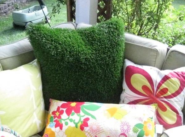Декоративные подушки для дачи