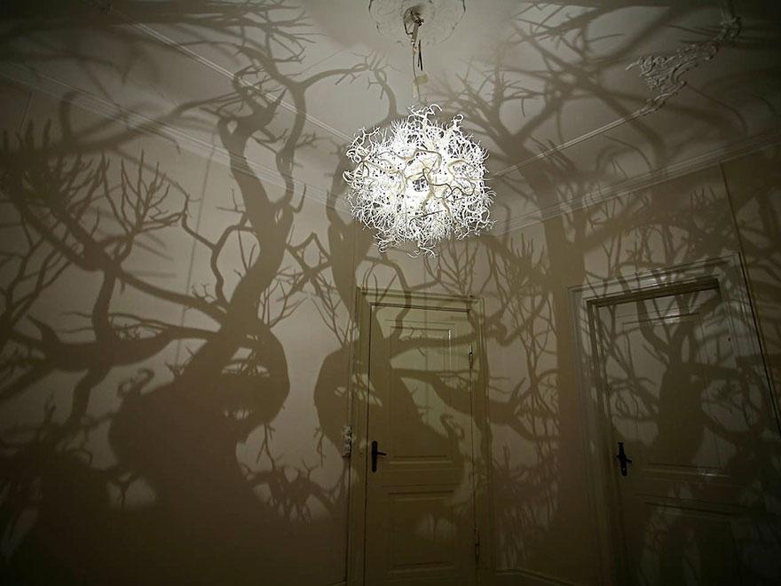 Удивительный светильник с эффектом дремучего леса