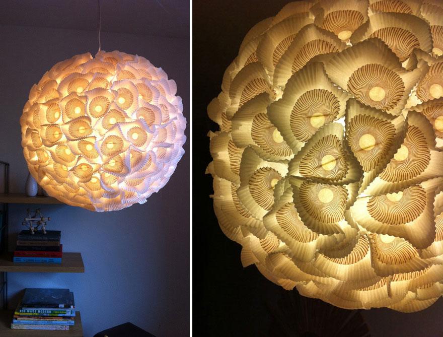 Восхитительый светильник из бумажных стаканчиков для пирожных своими руками