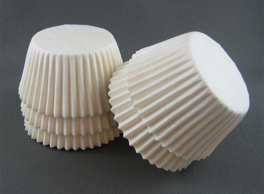 Стильный светильник из бумажных стаканчиков для пирожных своими руками