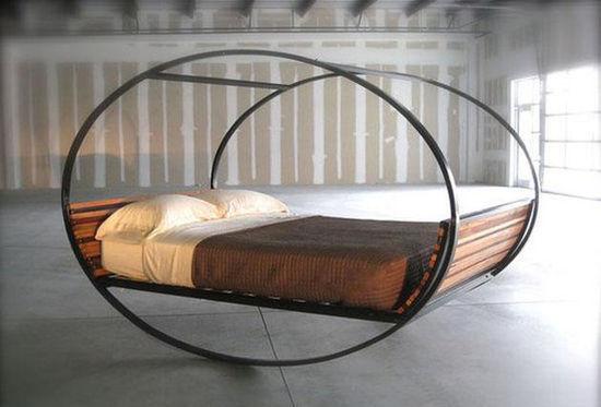 Единственный предмет мебели от дизайнера