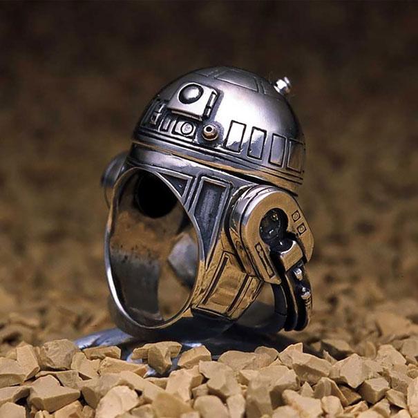 Кольцо R2-d2