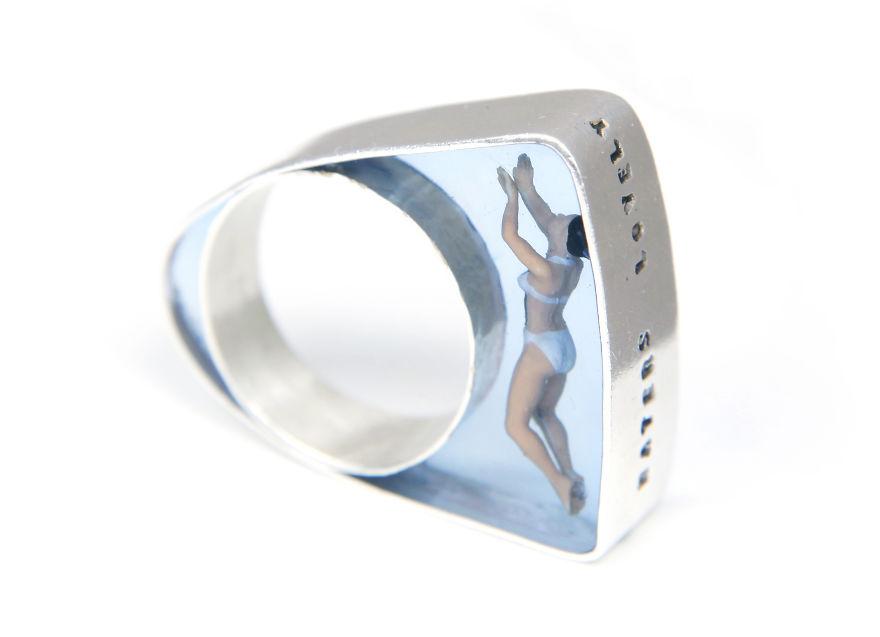 Кольцо Пловец