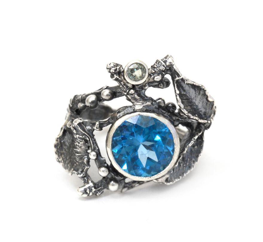 Кольцо Таинственный лес с синим камнем