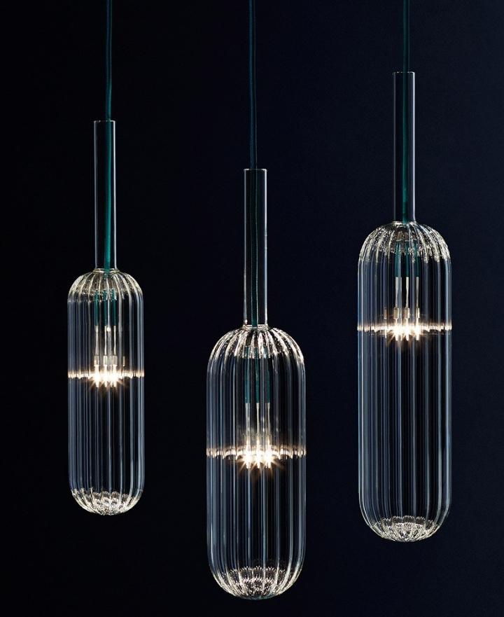 Стильные стеклянные светильники из коллекции Reed