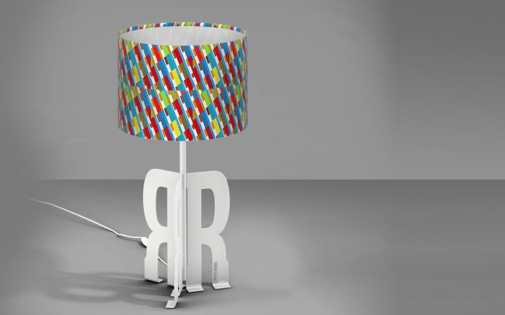 Чудесная настольная лампа Replay Art