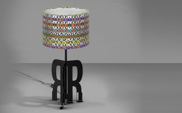 Восхитительная настольная лампа Replay Art