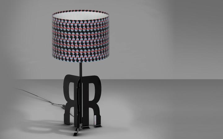 Умопомрачительная настольная лампа Replay Art