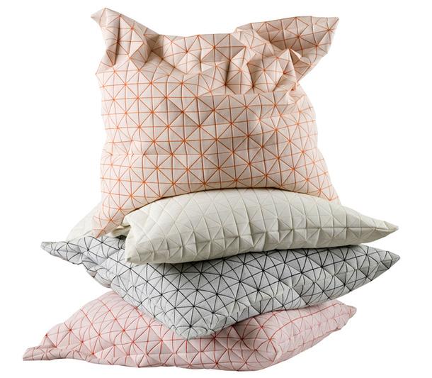 Текстильные подушки Geo