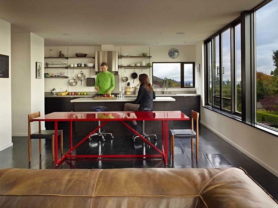 Дизайн интерьера кухни и барной зоны в Cycle House в Mount Baker