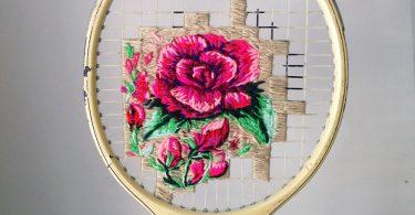 Красочные вышивки на сетках теннисных и бадминтонных ракеток от художницы Даниэллы Клаф