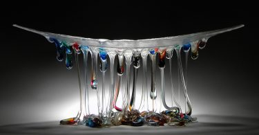 Даниэла Форти: светящиеся скульптуры в виде медуз из капель стекла