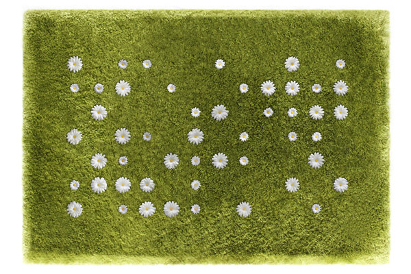 Ромашки на ковре Daisy Garden от Joe Jin Design Company Ltd