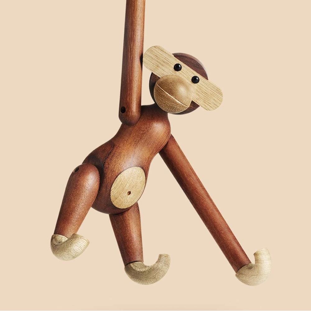 Талантливый датский дизайнер Кей Бойсен - обезьянка