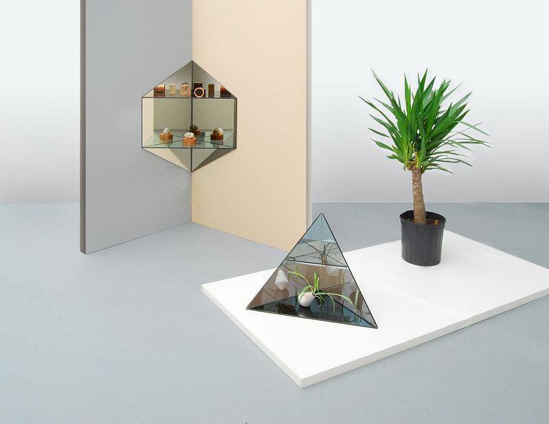 Умопомрачительная мебель от концепт-студии Ladies & Gentlemen - зеркальные поверхности, сложенные в геометрические композиции
