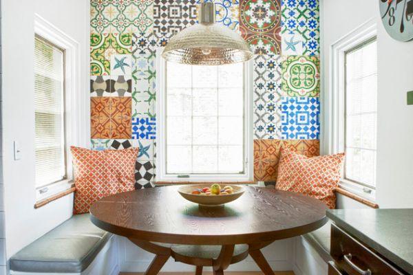 Настенные ковры в интерьере столовой