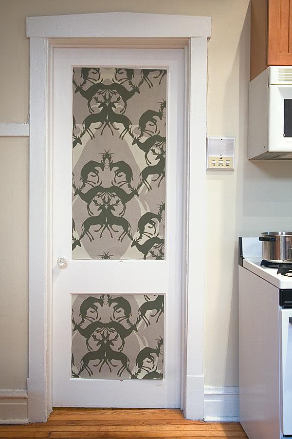 как задекорировать межкомнатную дверь