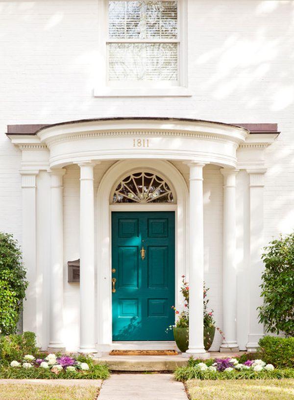 Бирюзовая входная дверь