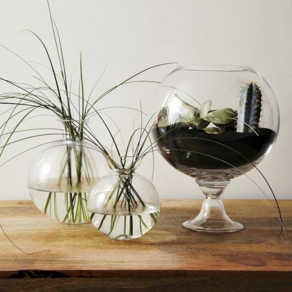 Стеклянные вазочки круглой формы