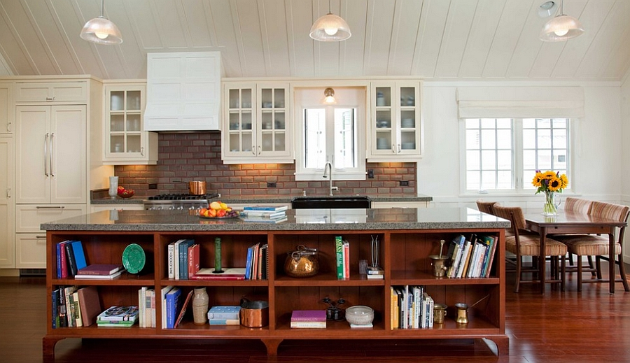 Книги в интерьере кухни