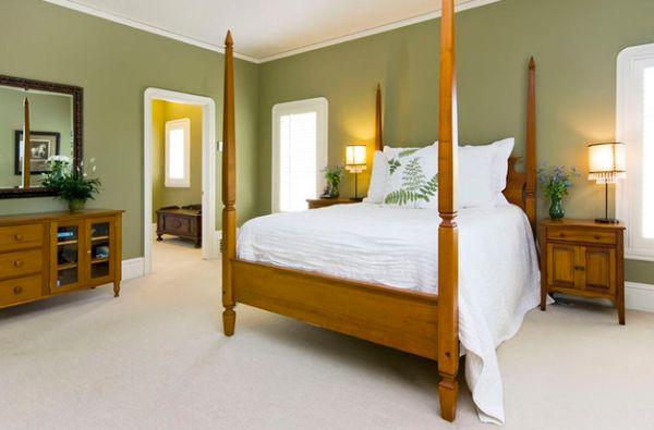 Оливковые стены в оформлении комнаты.