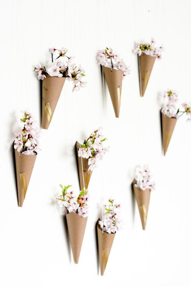 Конусы из картона для цветов