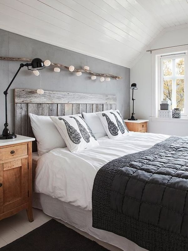 Самодельная настольная лампа в спальне